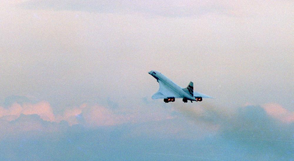 Fial_Concorde_Departure.jpg